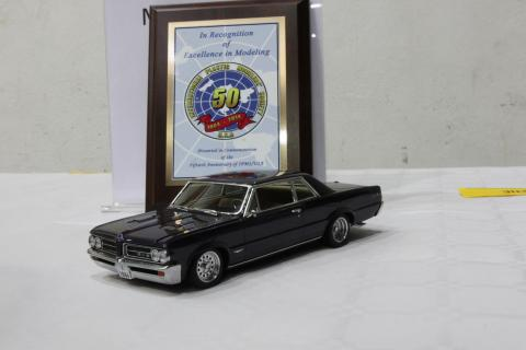 Monogram's 1964 Pontiac GTO